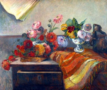 Bouquets Et CéRamique Sur Une Commode